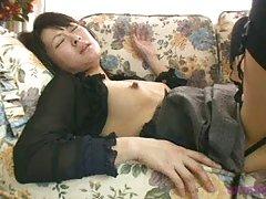 Rogor gadmovwerot youtubidan video იაპონელი ცოლი დივანი