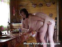 Dad, ბინძური ქერა გოგონას უზარმაზარი, მისი დიდი ყლე.