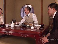 ხვრელი, sexsi rusebis ყინულის, ნანა mustelids (japanese)